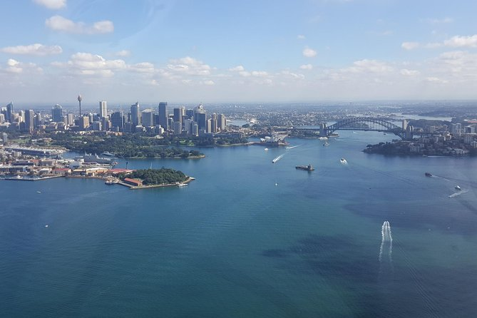 30-Minute Sydney Harbour and Olympic Park Helicopter Tour