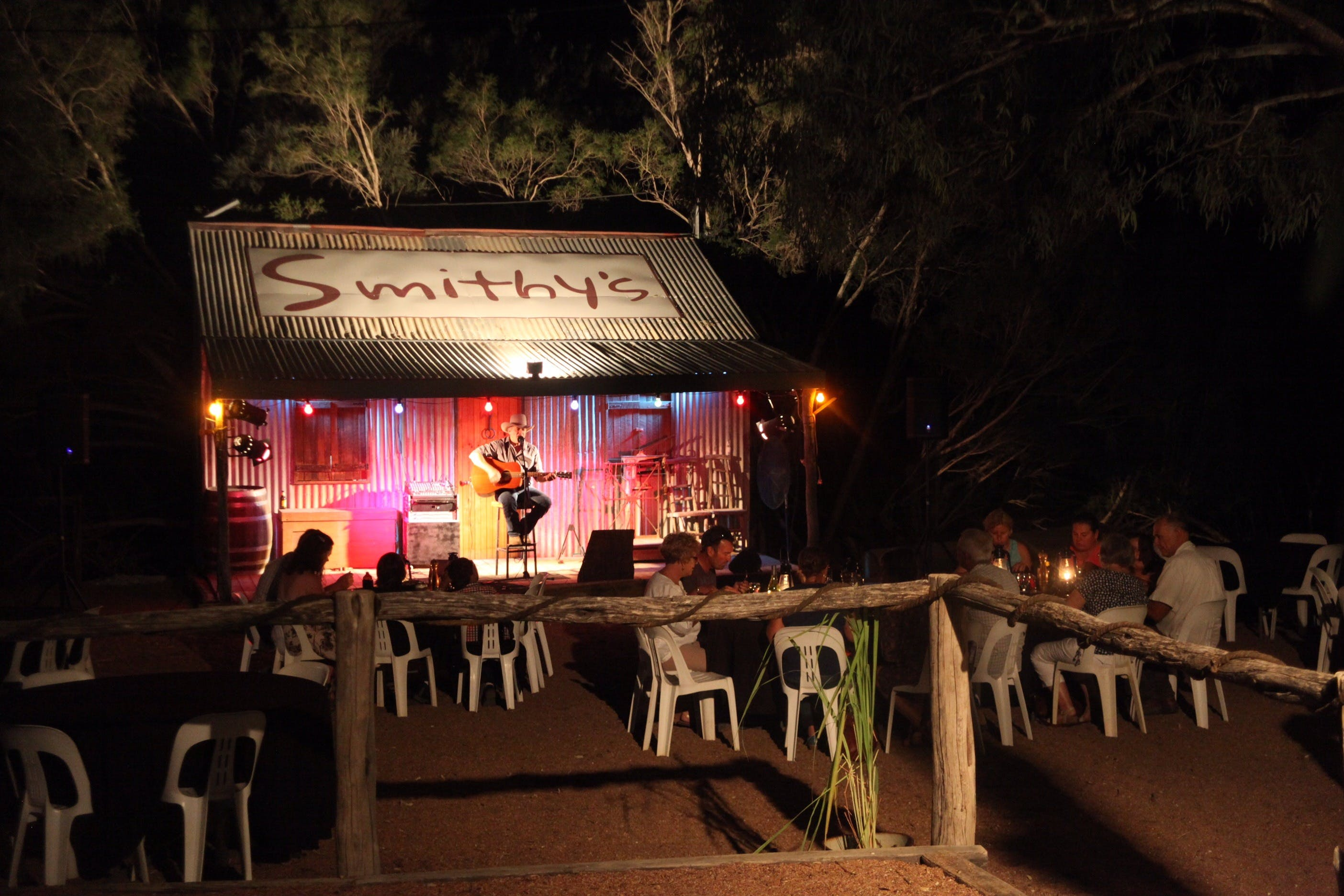 Smithy's Outback Dinner and Show