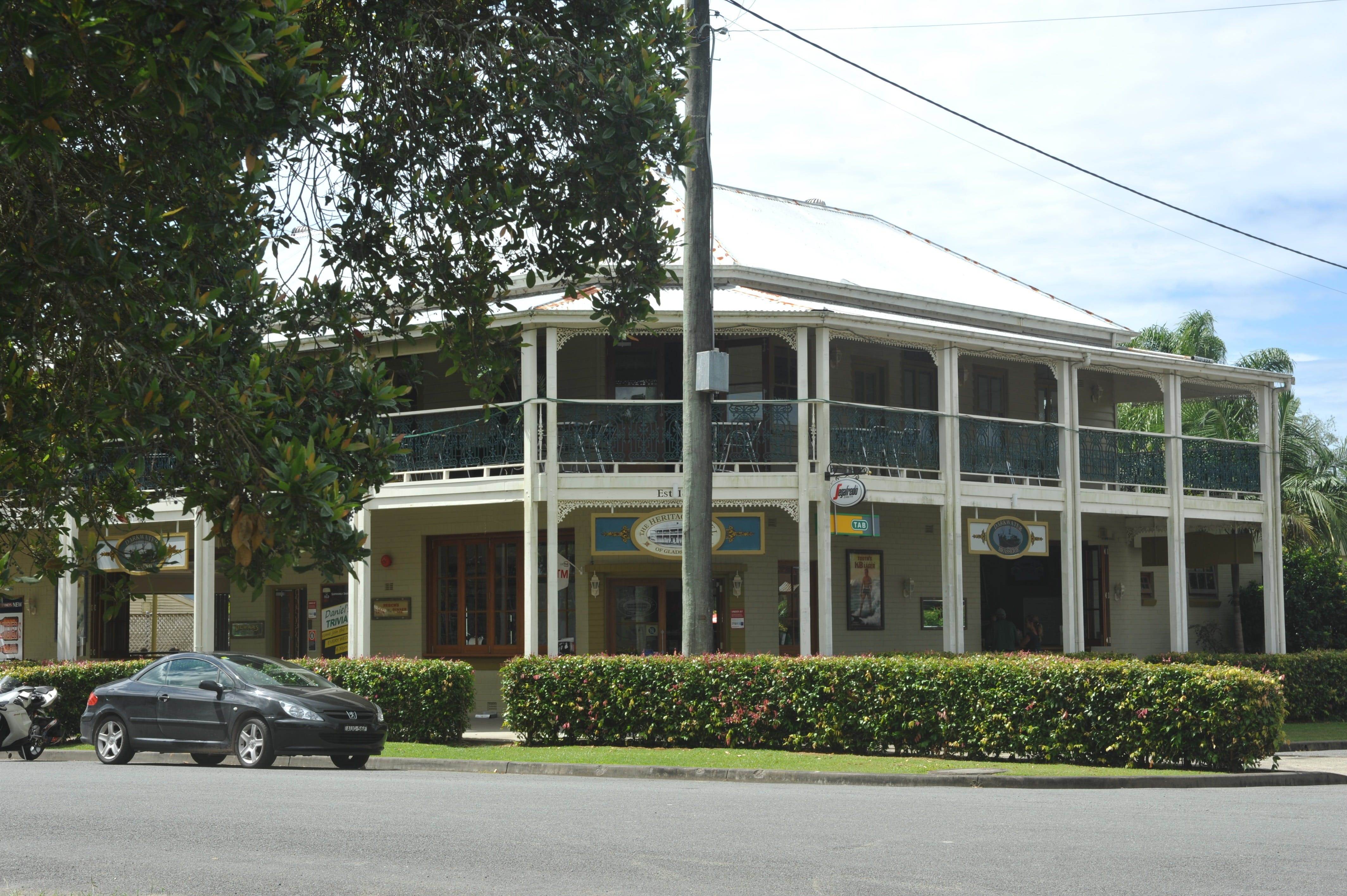 Boutique shopping and heritage buildings in Gladstone